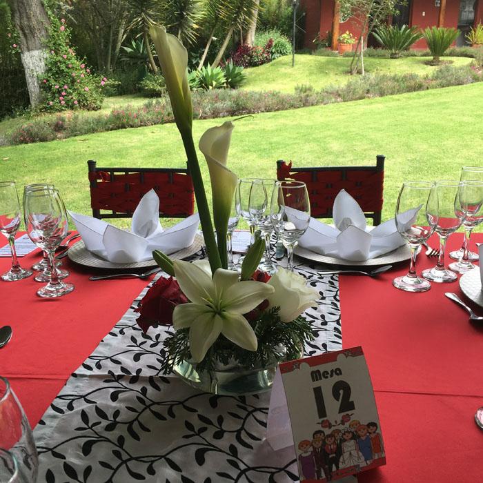 boda en color rojo y blanco