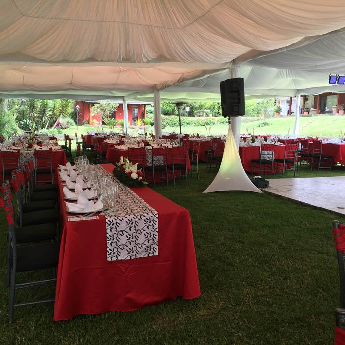 decoracion boda rojo y dorado